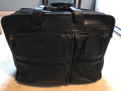 Napa pogrand formatattachable portableclassiqueExpandable LeatherPorte pour Laptop Tumi ordinateur Briefcase Classic de Attache extensible 17 documents 3LSRAjq54c