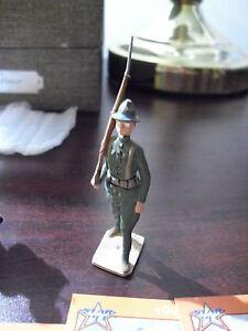 Vintage-Hand-Painted-Lead-Soldier-Figurine-2-1-4-034-LOOK