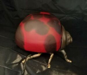 Cool-Vintage-1998-TIN-CHI-Signed-Ladybug-Art-Glass-and-Bronze-Table-Lamp