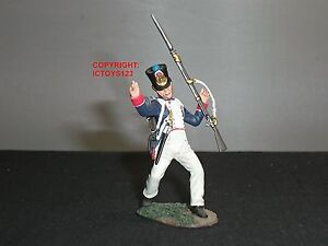 BRITAINS 36088 FRENCH LINE INFANTRY FUSILIER WOUNDED METAL TOY SOLDIER FIGURE