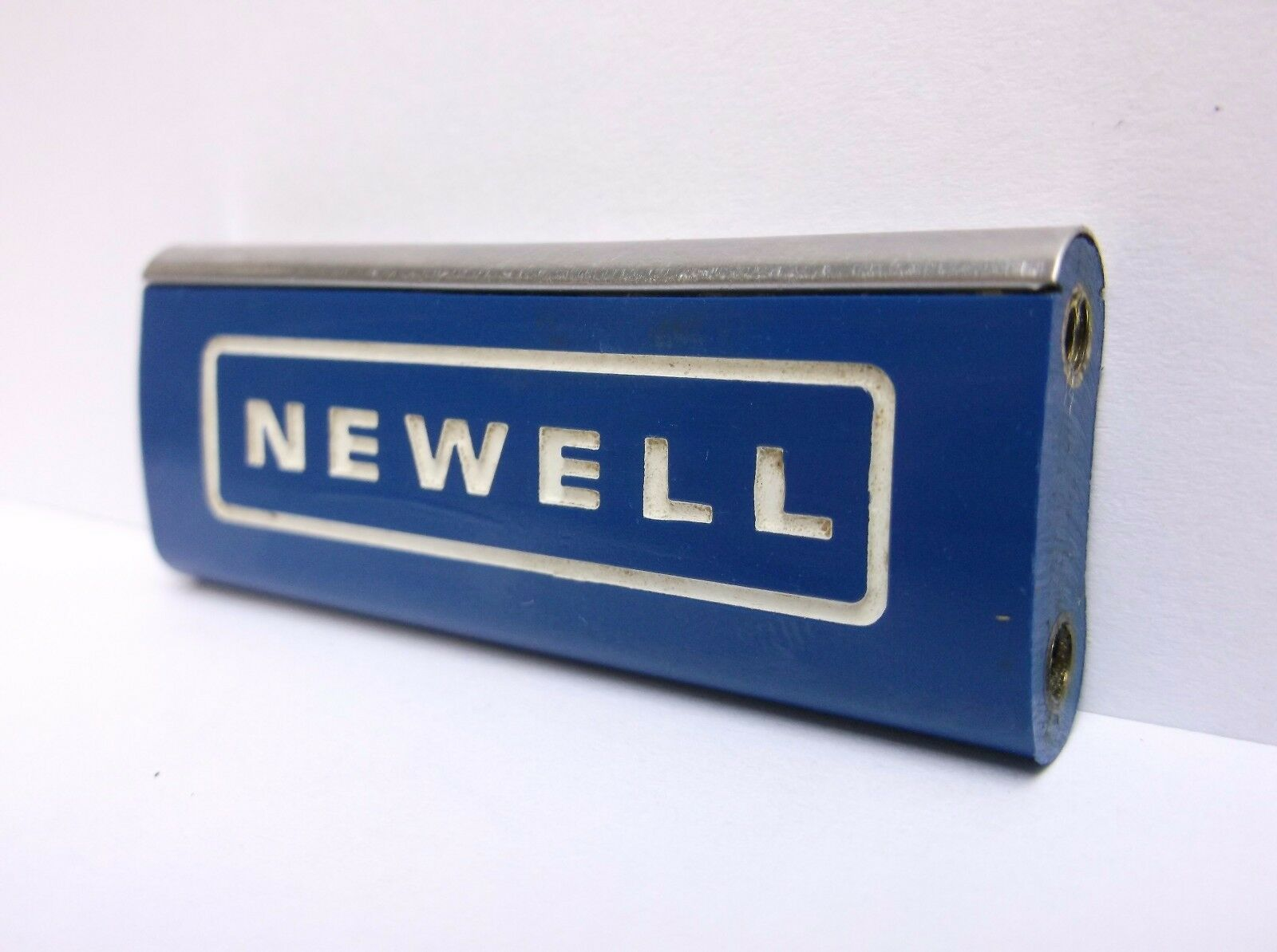 USED NEWELL CONVENTIONAL REEL PART - 229 5 blueE - Spacer Bar  B