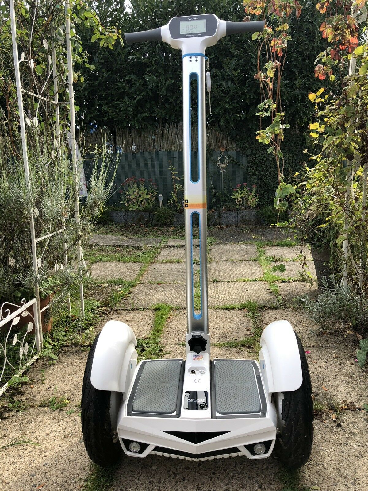 Segway Airwheel S3 E-Scooter mit Self Beleuchtung Balance Blautooth LED Beleuchtung Self Super e1fa57