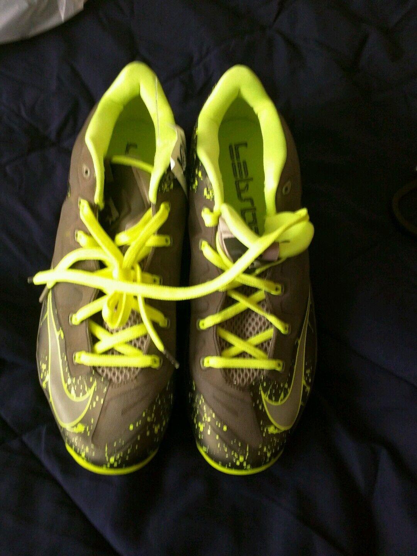 Nike lebron xi 45 volt scarpe da basket