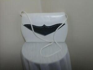 Fossil-White-handbag-with-Black-upper-flap-Leather