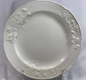 Antique Decorative Arts Minton's 18th Century Staffordshire Strawberry Salad Plate Salt Glaze Antique