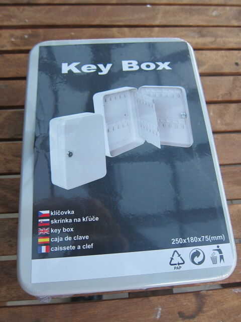 brand new key storage cabinet safe box holds 48 keys security