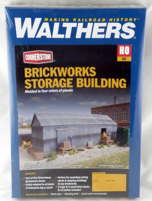 4101 Walthers Cornerstone BRICKWORKS Storage Building HO Scale