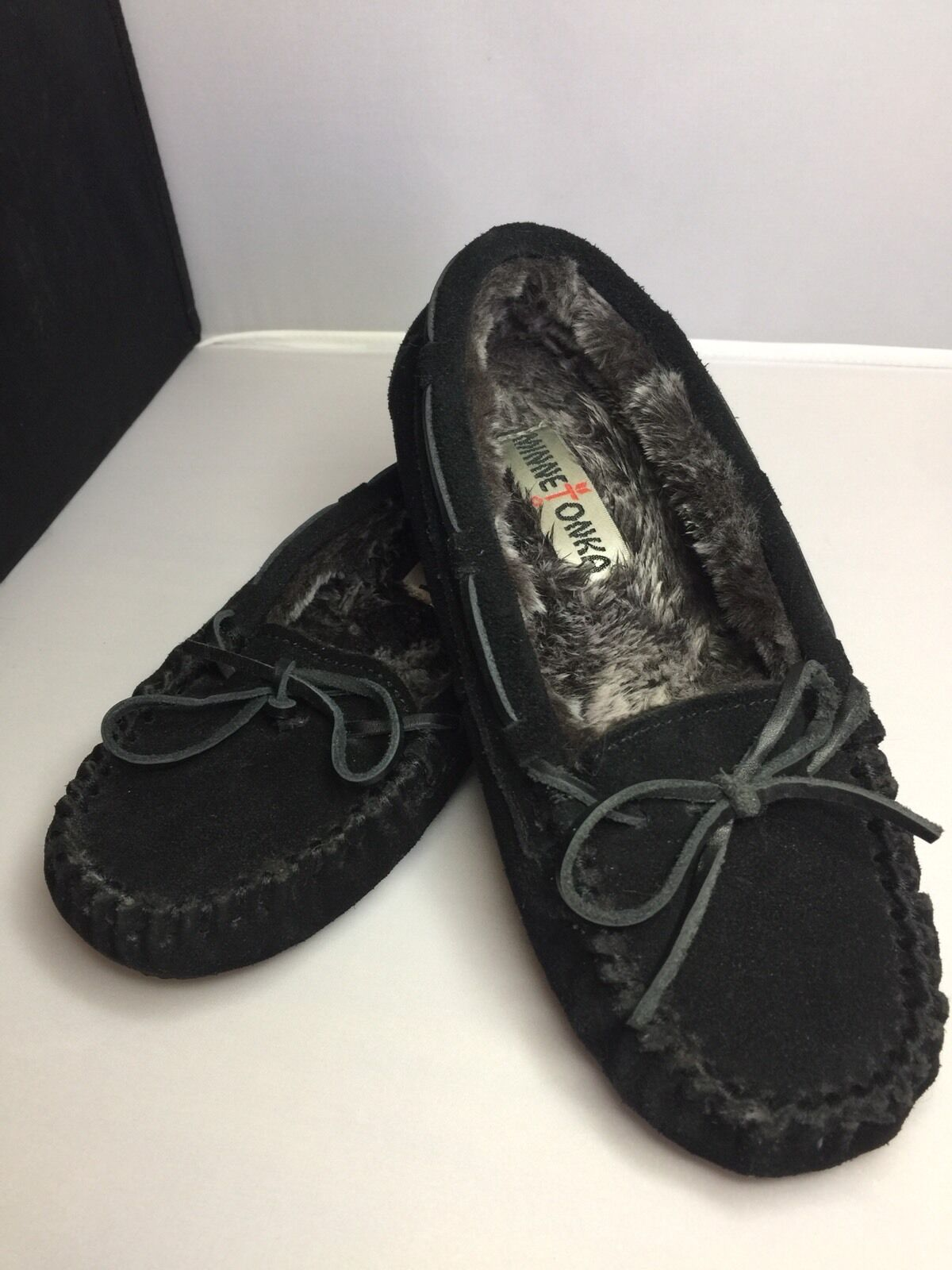 MINNETONKA black suede leather faux fur lined mocassins shoes Women 5 #40330
