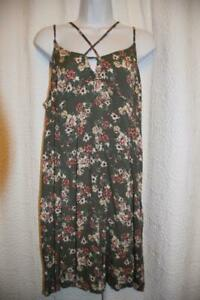American Eagle Outfitters Size Xl Sage Green Floral