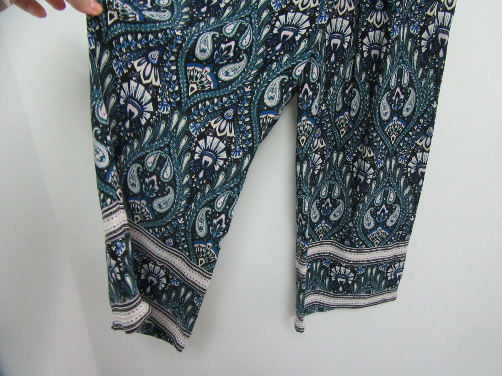 ELLA MOSS Turquoise Printed Gaucho Pants Size Sma… - image 4