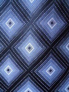 Van-Huesen-Tie-Black-Grey-Diamond-Checkered-Pattern-Mens-Necktie
