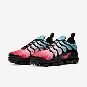 Nike Air VaporMax Plus Hyper Pink