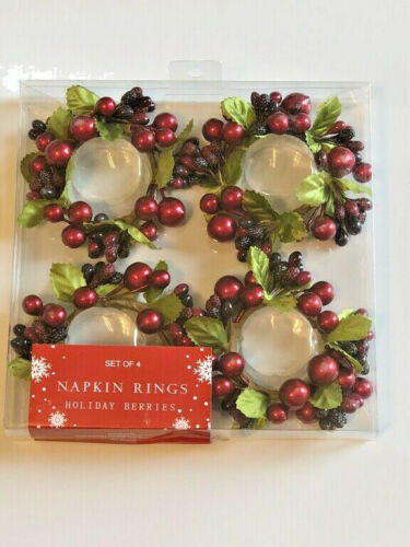 Christmas Thanksgiving Napkin Rings Cranberry Holly Berries Holiday Set of 4