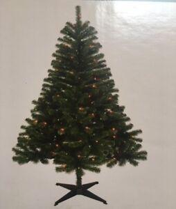 6' Pre-Lit Ashford Spruce Christmas Tree Multicolored LED ...