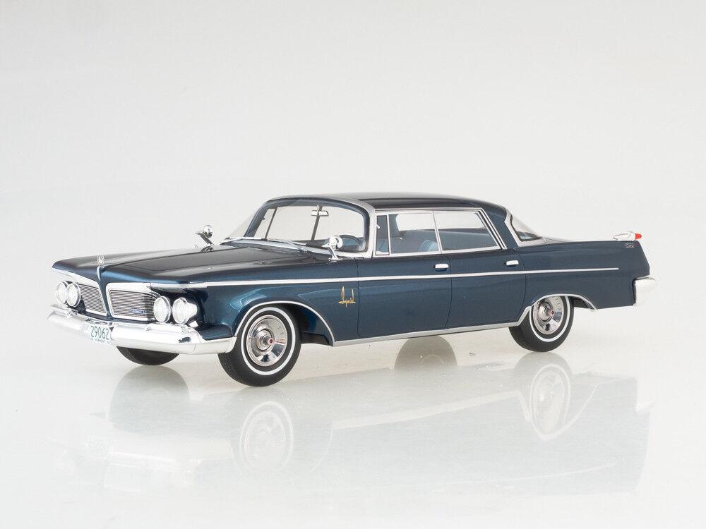 Escala modelo 1:18 imperial corona Corona Southampton de 4 puertas, metálico: Azul