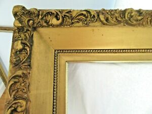 HUGE-ANTIQUE-FITS-20X24-034-GOLD-PICTURE-FRAME-WOOD-GESSO-ORNATE-FINE-ART-COUNTRY