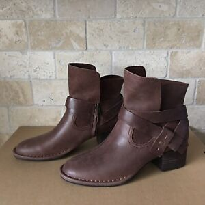 UGG ELYSIAN COCONUT SHELL BROWN LEATHER