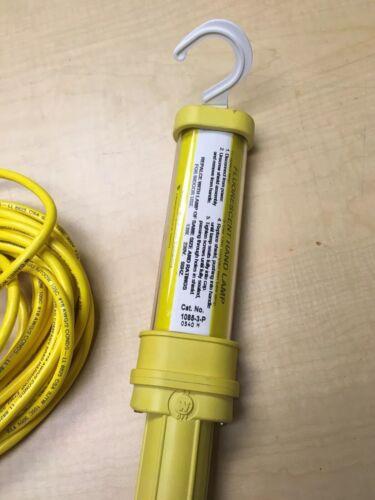 Woodhead Molex 1085-3-P Industrial Heavy Duty Fluorescent Hand Light 13W 50'