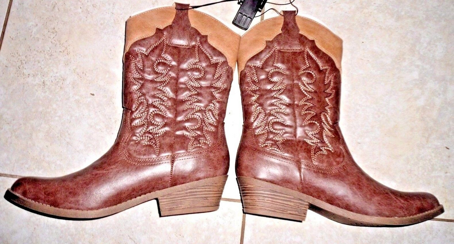 Faded Glory Western Cowboy Boots women's size 6 two toned brown tall New