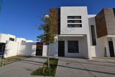 ¡Nueva! Casa en Venta, en sector Aeropuerto/Las Etnias en Torreón, Coahuila.
