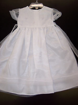 Provided Infant Girls Christening/dedication White Gown Sizes 0/3 Months Relieving Rheumatism And Cold