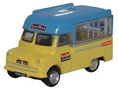 Oxford-Diecast-NCA003-Bedford-CA-Ice-Cream-Lyons-Maid-N-Gauge