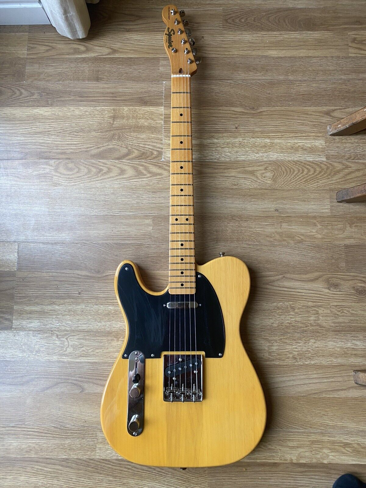 This pre-owned left handed Fender Telecaster guitar is for sale - Left Handed Squire by Fender Classic Vibe 50s Telecaster Butterscotch Blonde