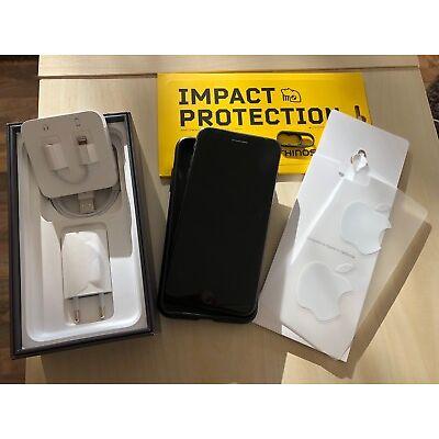 Apple iPhone 8 Plus - 64GB - Space Grau (Ohne Simlock) Top Zustand + RhinoShild