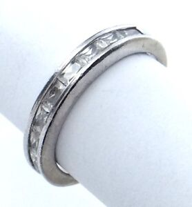 Vintage-Women-Ladies-Size-6-US-Cubic-Zirconia-Stones-Sterling-Silver-Ring-G859