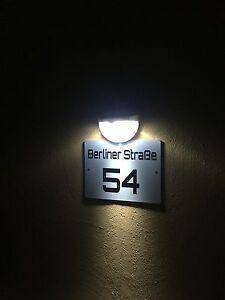 solar hausnummernschild hausnummer led beleuchtet mit wunschnummer stra enname ebay. Black Bedroom Furniture Sets. Home Design Ideas