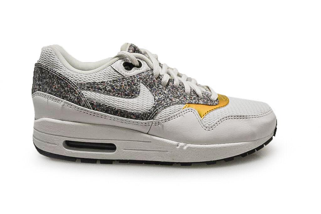 Womens Nike Air Max 1 SE - 881101 100 - White Black Trainers