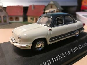 PANHARD-Dyna-grand-standing-1958-1-43-ixo-altaya