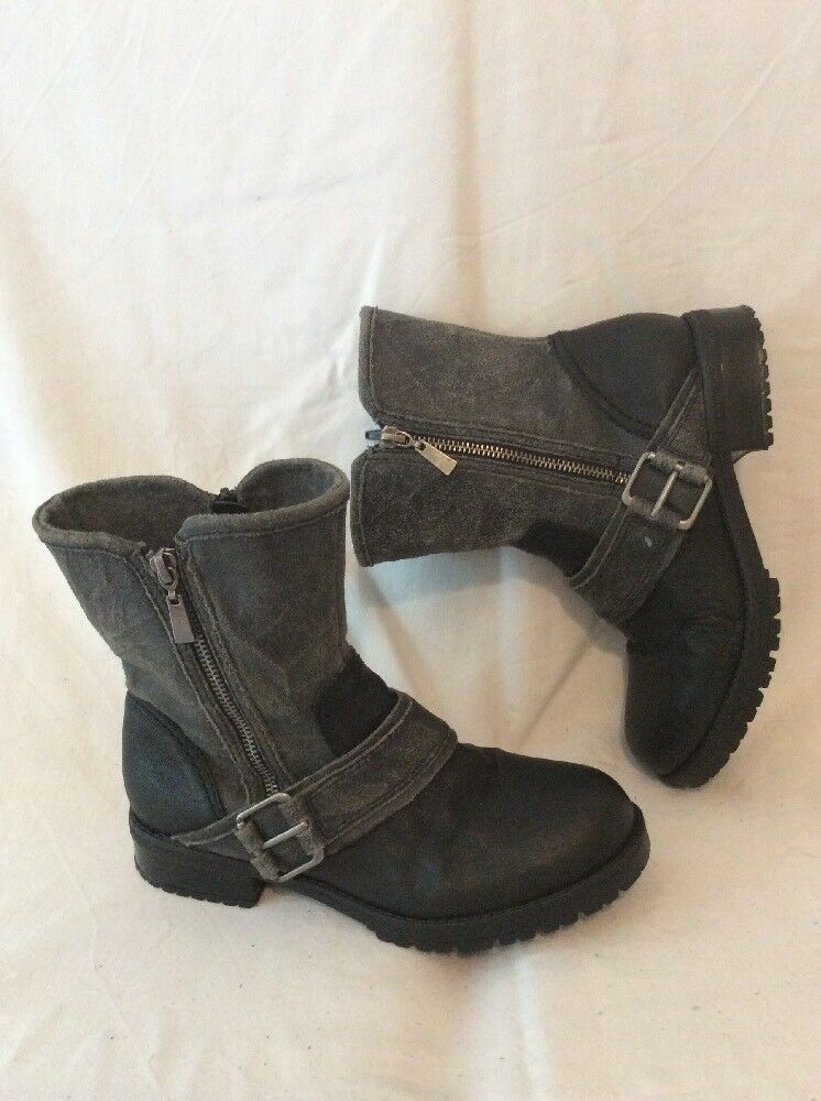 Clarks Black&Grey Ankle Leather Boots Size 4E