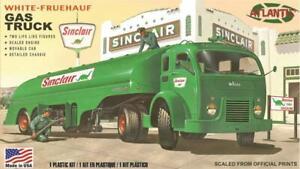 Atlantis-White-Fruehauf-Gas-Truck-Sinclair-or-US-Army-1-48-model-kit-new-1402