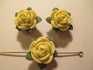 10 ~ Porcelaine Jaune Couleur 18 Mm Fleur Perles ~lf10 Jouir D'Une Haute RéPutation Sur Le Marché International