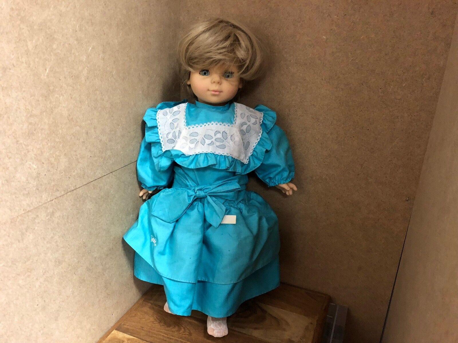 Vinyl Puppe 45 cm. Top Zustand