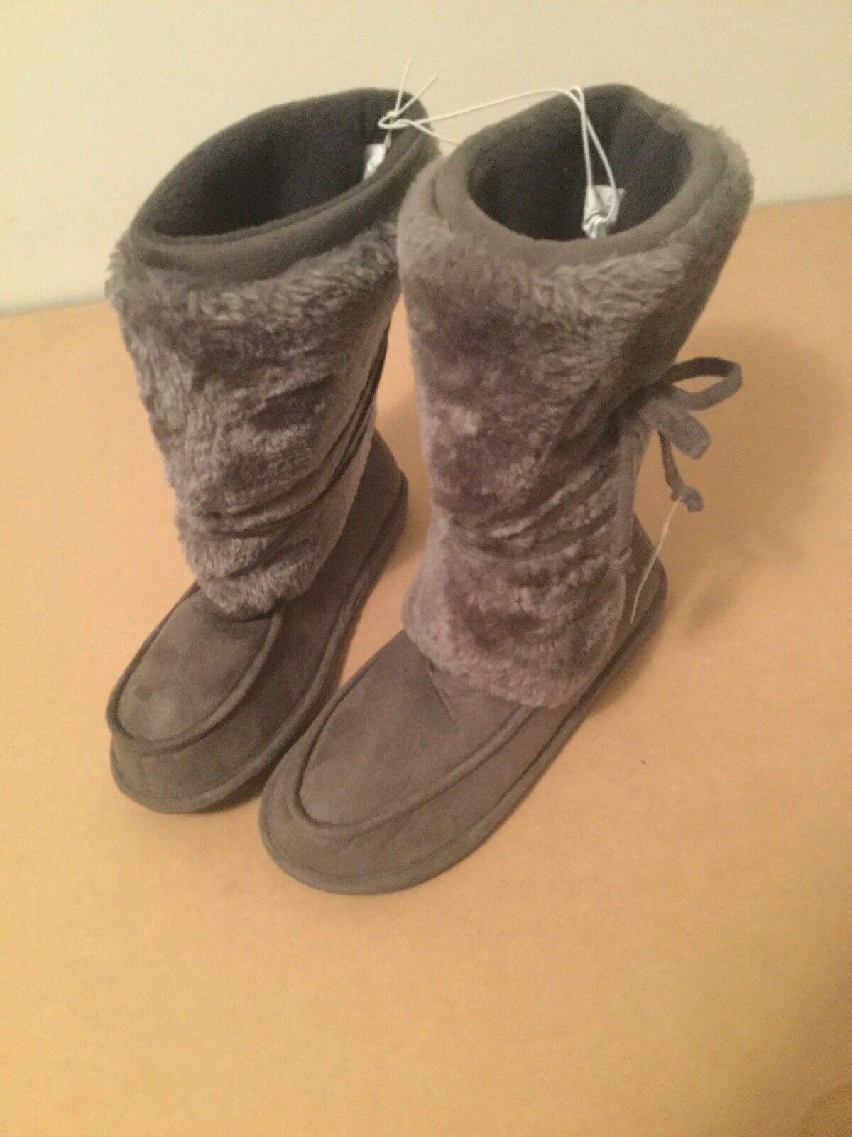 Women's gray Large 9 / 10 Faux Fur Boots warm winter Simone Cozy Comfy NWT