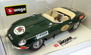 Burago-1-18-scale-Model-Car-3016-1961-Jaguar-E-Cabrio-Green