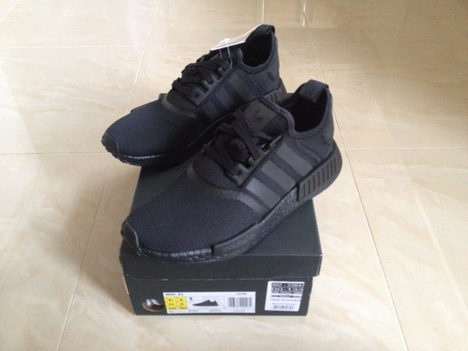 ADIDAS NMD R1 TRIPLE BLACK SIZES UK 7 NEW