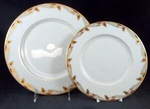 Lenox-ESSEX-MAROON-SMOOTH-Dinner-Plate-Salad-plate-0351R-LIGHT-USE