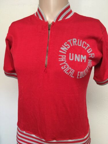 VTG 60s UNM PHYS ED INSTRUCTOR 1/4 ZIP UNIFORM SHI