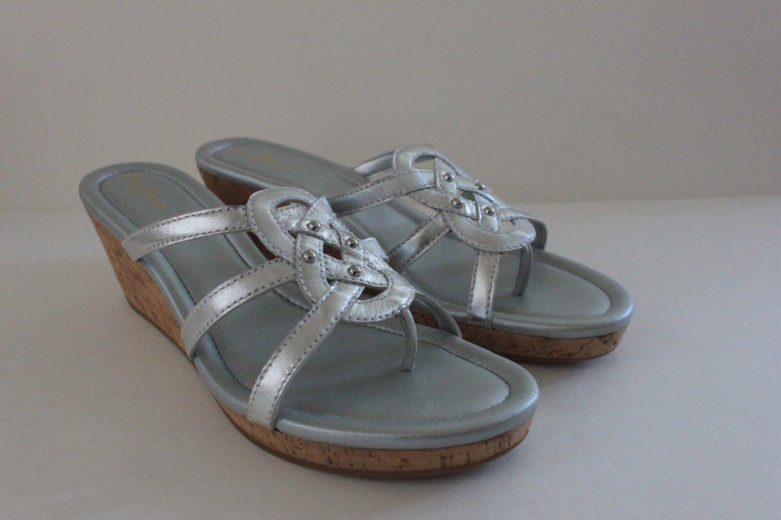 Cole Haan Donna Shayla Thong Argento Metallic Wedge Shoe Slide Sandal Size 10