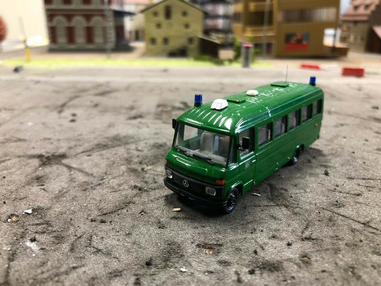 Polizei Berlin Reisebus Mannschaftskraftwagen Eigenbau Mercedes 1 87 Rarität