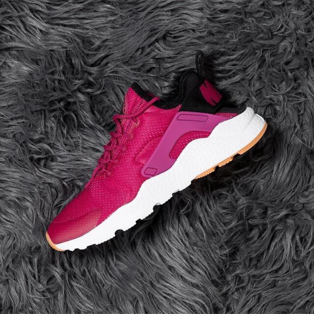 5a285ff08b2d Nike Wmns Air Huarache Run Ultra Sport Fuschia   Black - Gum Yellow Size 7