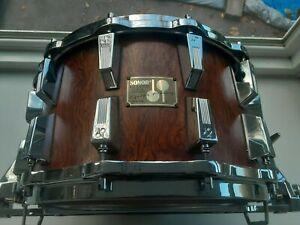 Sonor-Signature-034-Heavy-034-Bubinga-Snare-Drum-14-034-x8-034-12-Lug-HLD-580-Parallel-Strain
