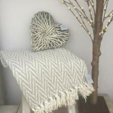 Various colours 125 x 150 cm Brand New Gisela Graham Knitted Throw//Blanket