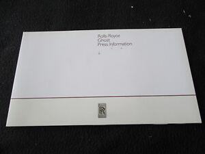 2010 Rolls Royce Ghost Press Kit Brochure 1st Year Sales Media CD-Rom Catalogue