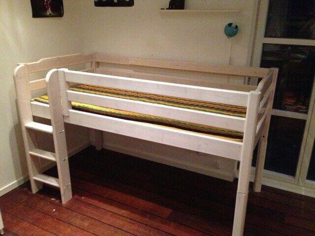 Halvhøj seng, Flexa seng, halvhøj