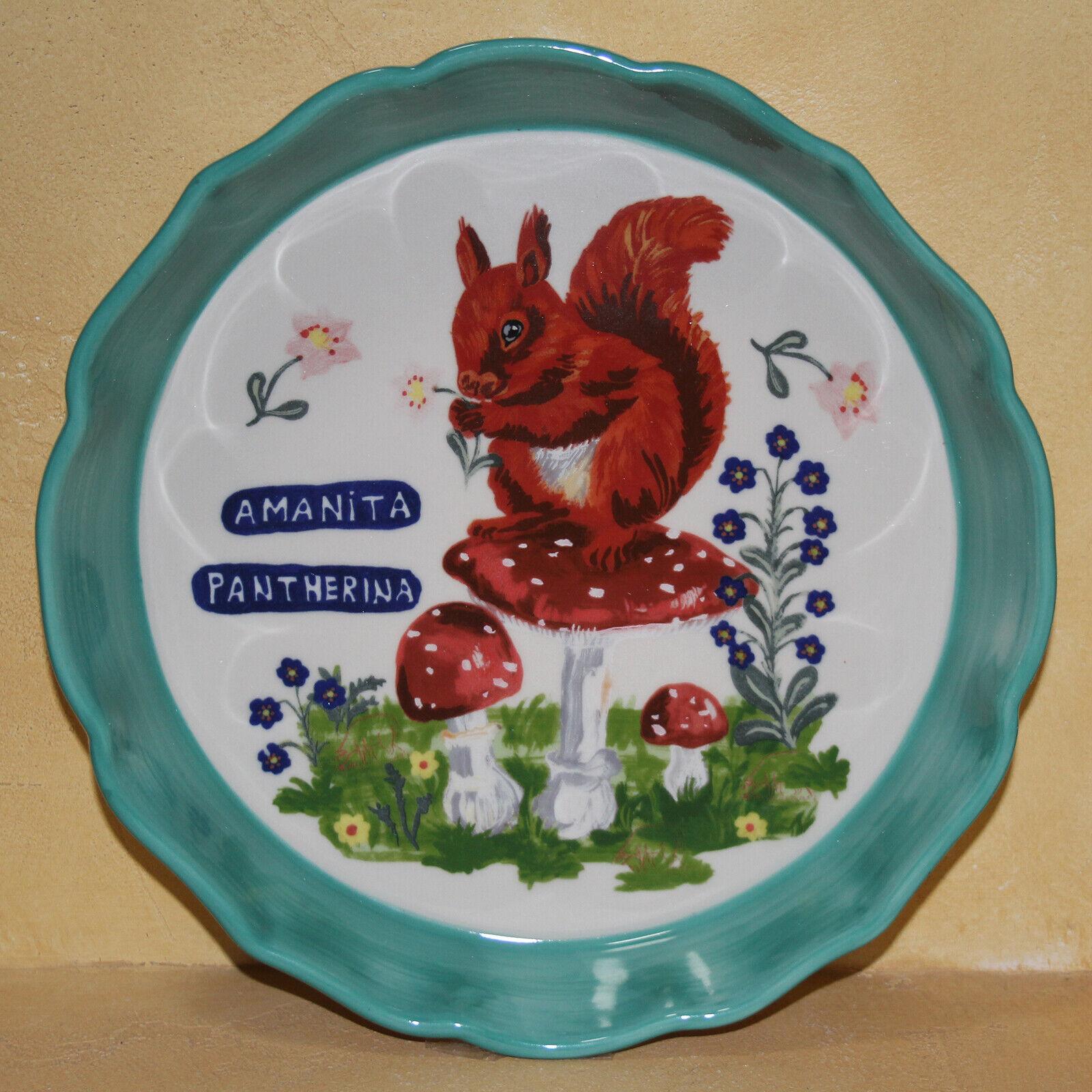 Anthropologie Nathalie Lete Francophile Pie Dish plaque écureuil New in Box sold out