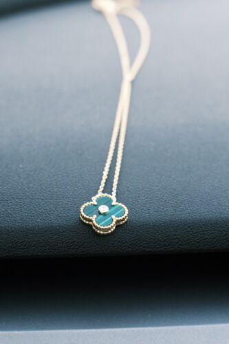 van cleef &Arpels alhambra necklace